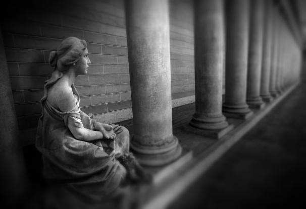 Bonaventure Columns