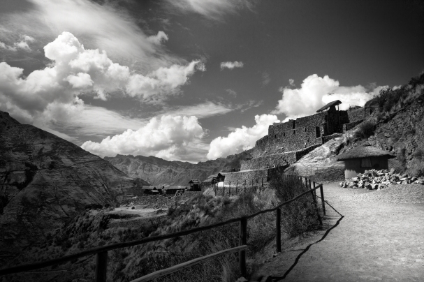 Path to Pisac