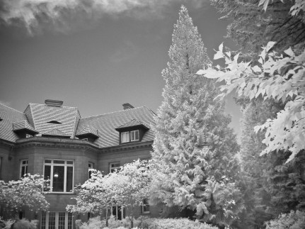 Pittock Mansion (Infrared)